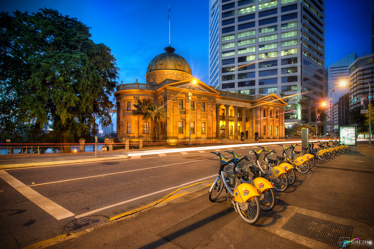 photo of the day riding to customs house brisbane luke. Black Bedroom Furniture Sets. Home Design Ideas