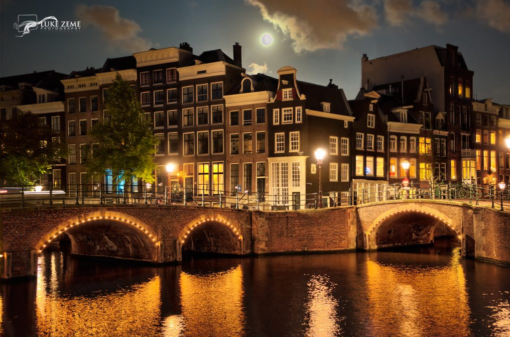 canals-by-moonlight-aurora-hdr-2018